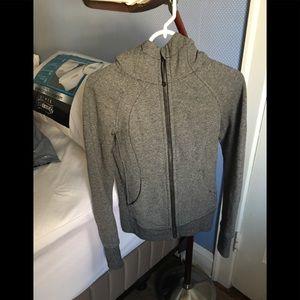 Lululemon Athletica Define fitted hoodie size 2
